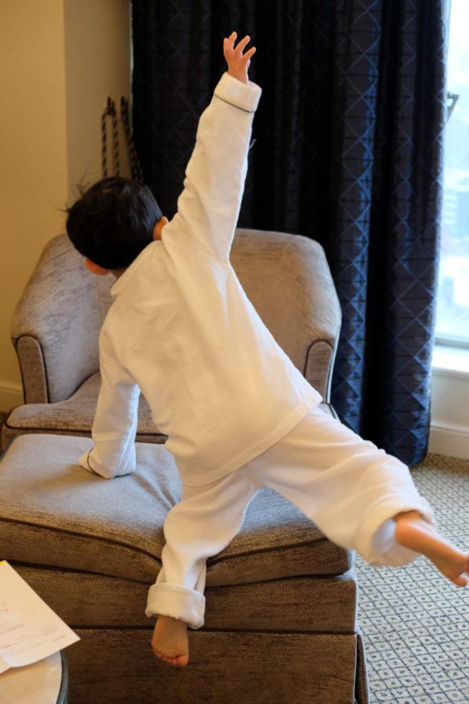 子供用パジャマ姿の写真